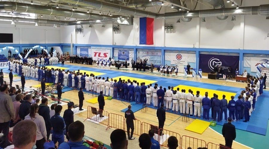 Ялтинцы в Санкт-Петербурге стали призерами юношеского турнира по дзюдо