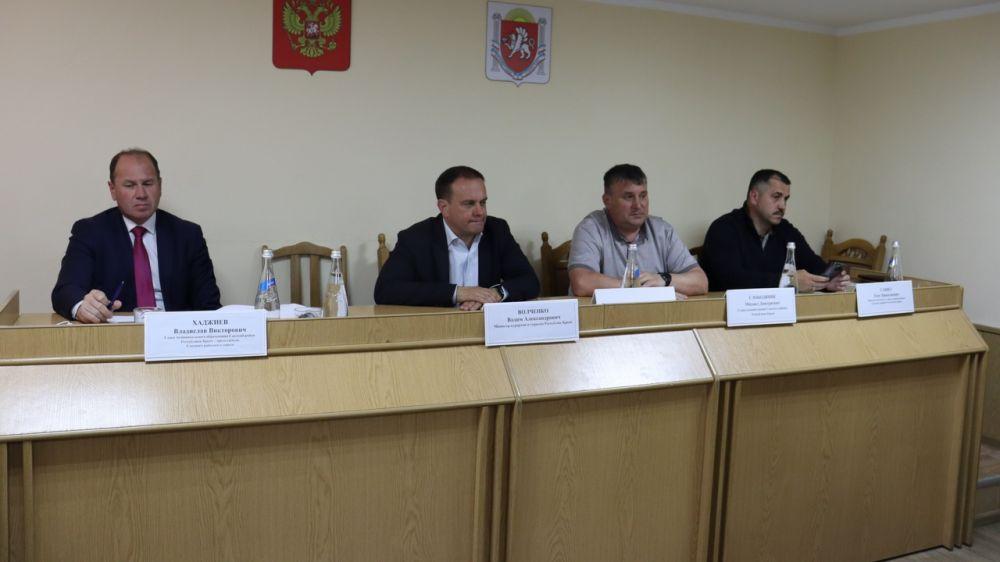 В администрации Сакского района состоялось совещание с пользователями пляжных территорий