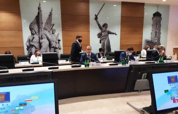 Профильный Комитет ЮРПА поддержал предложение крымского парламента, касающееся лиц, замещающих госдолжности субъекта РФ