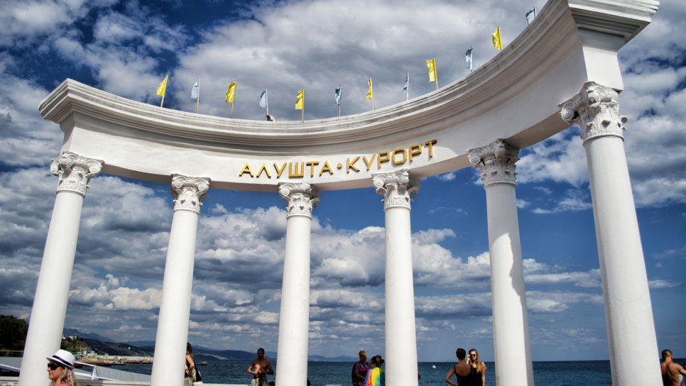 Минкурортов Крыма провело рейд по подготовке пляжей к курортному сезону в городском округе Алушта