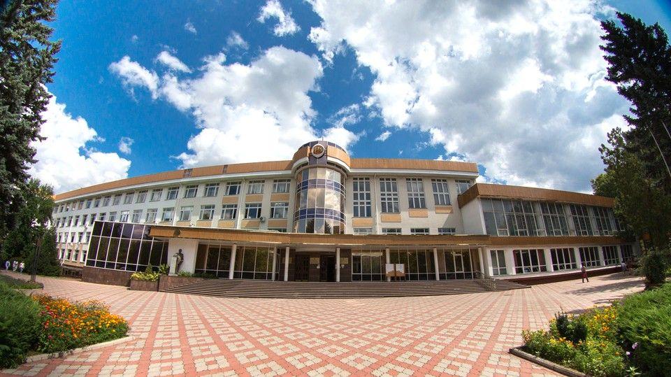 Из-за ложного сообщения о минировании колледжа КФУ было эвакуировано 185 студентов
