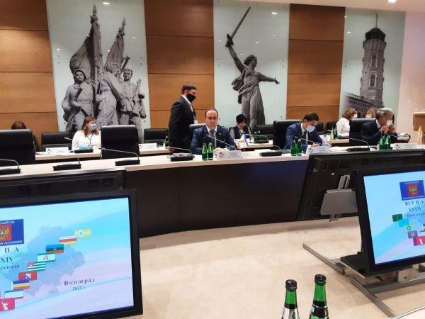 Инициатива Госсовета об увеличении темпов выплат крымчанам пожилого возраста – вкладчикам украинских банков поддержана профильным Комитетом ЮРПА