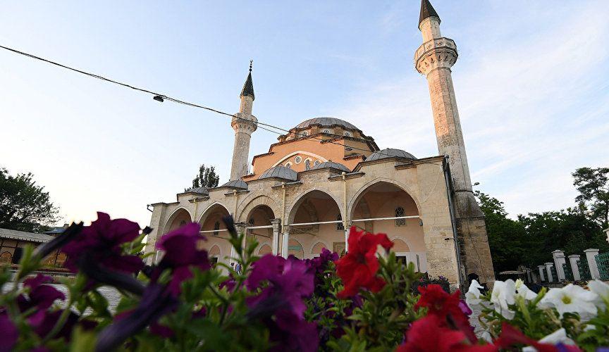 Мусульмане Крыма празднуют Ораза-байрам