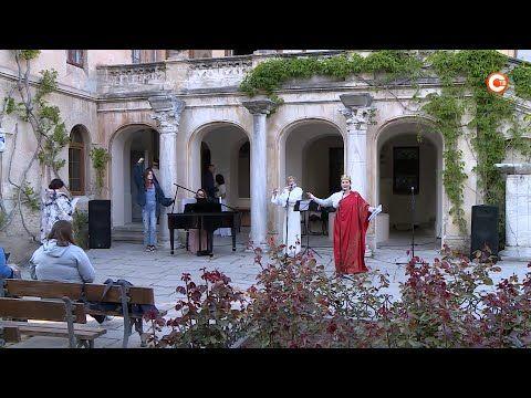 В Херсонесе гостей «Ночи в музее» встретят боги Олимпа (СЮЖЕТ)