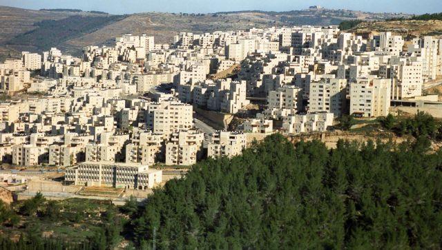 В Израиле террорист попытался въехать в толпу