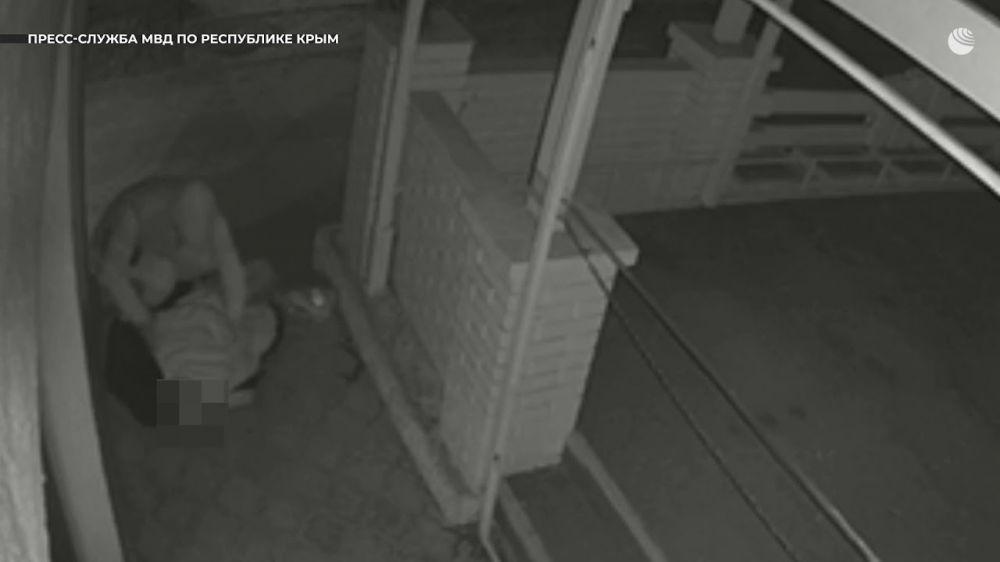 В Крыму рецидивист избил пенсионера ради старого телефона - видео