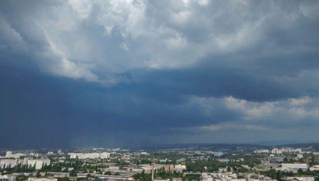 Дожди с грозами и порывистый ветер: погода в Крыму на вторник