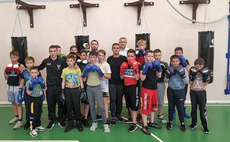 В Симферопольском районе появилась новая секция бокса