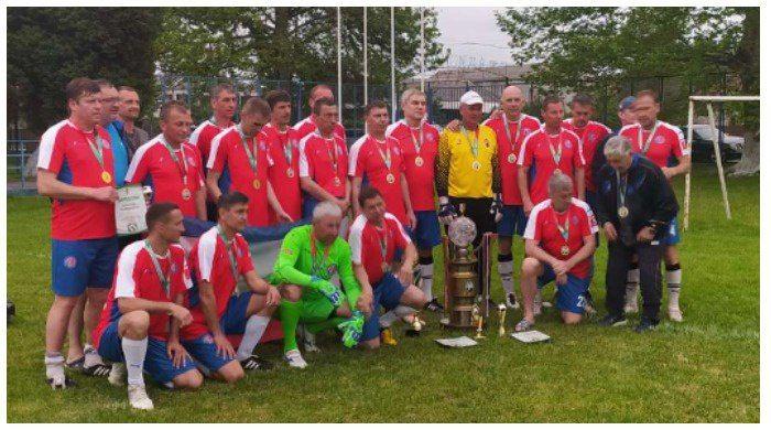 Ветераны симферопольского футбола выиграли турнир в Абхазии