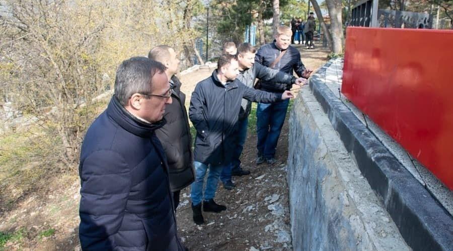 Контрольно-счётная палата выявила нарушения при благоустройстве парков и скверов в Ялте