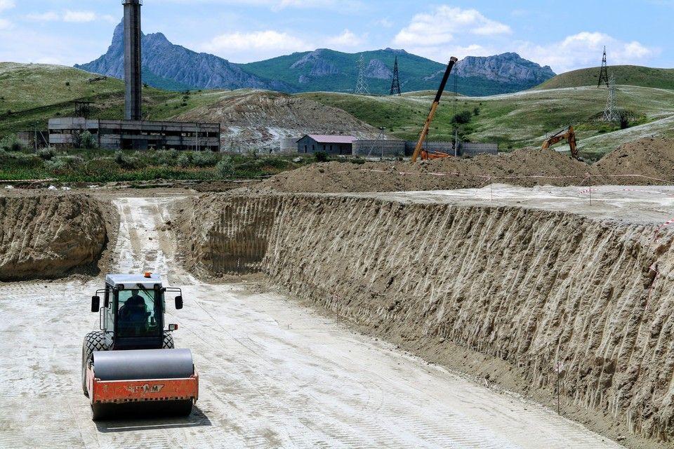 Чистые помыслы: В Коктебеле строят канализационные сети, которых ждали больше 30 лет