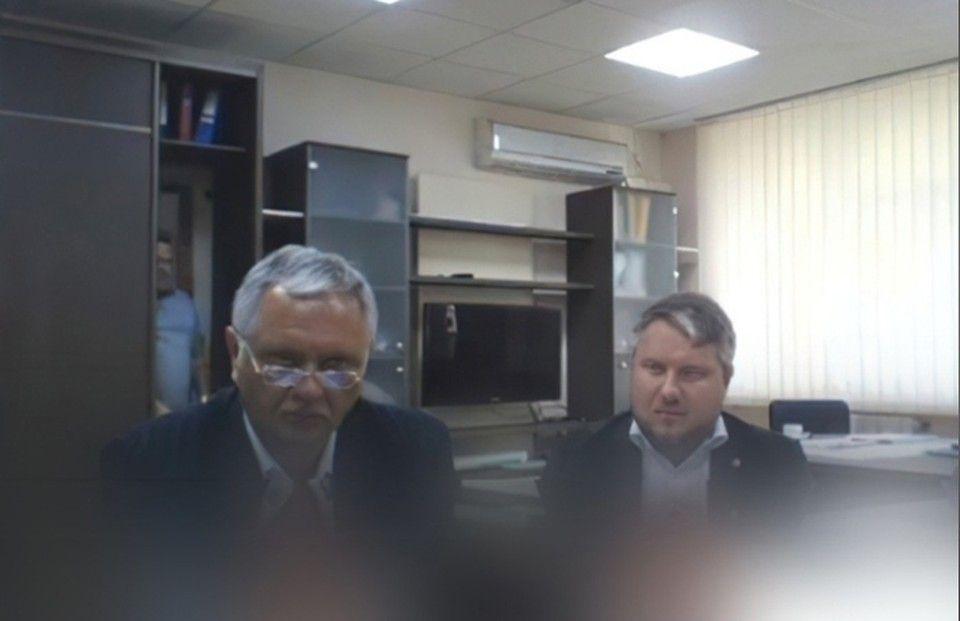 Вход в Нарнию: На совещании с главой Крыма из «шкафа» вышел человек