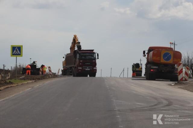 До конца года в Крыму отремонтируют не менее 331 км дорог