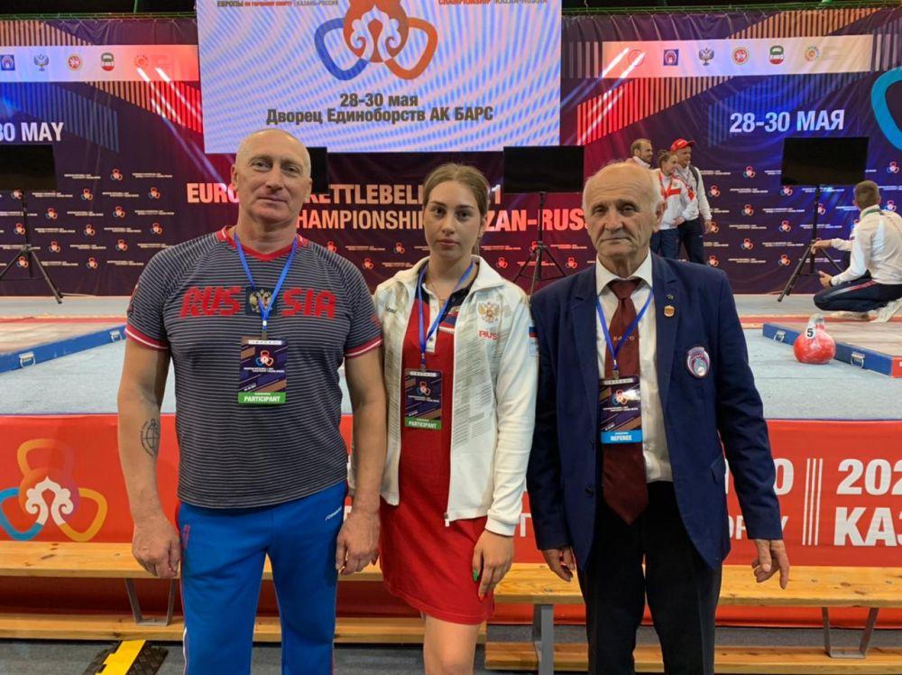 Отец и дочь из Нижнегорского района выиграли медали чемпионата Европы