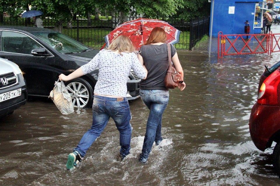 Последствия дождя в Крыму 7 июня: Ливень затопил двадцать домов в селе Приозерное
