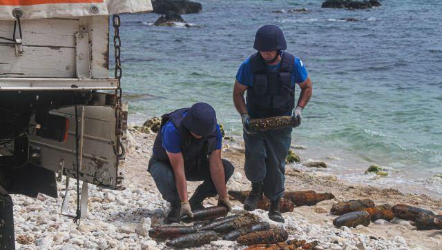 В море у Фиолента нашли 250 снарядов времен войны - видео