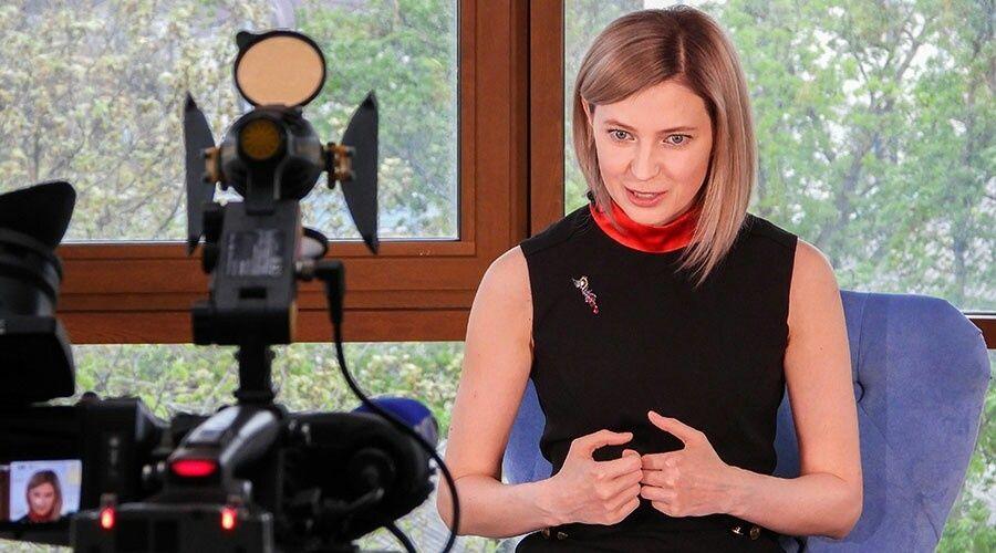 Слуцкий намекнул журналистам на новое место работы Поклонской