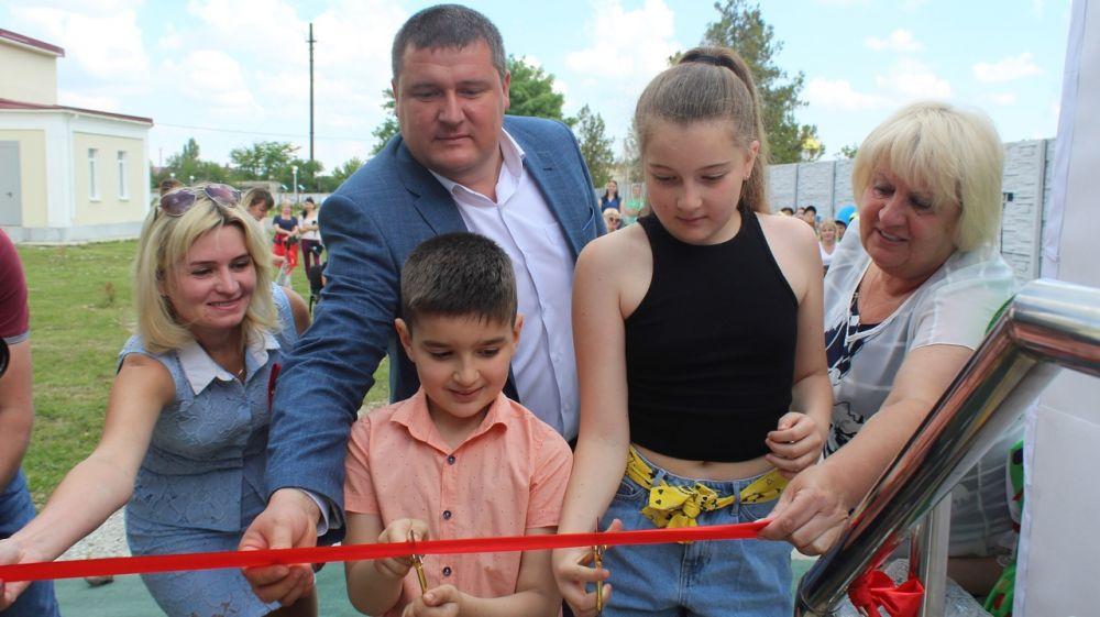В с. Ароматное состоялось тожественное открытие первой в Белогорском районе модельной библиотеки «Нового поколения»
