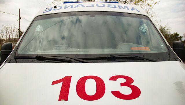 Завели сердце: в аэропорту Симферополя спасли мужчину - видео