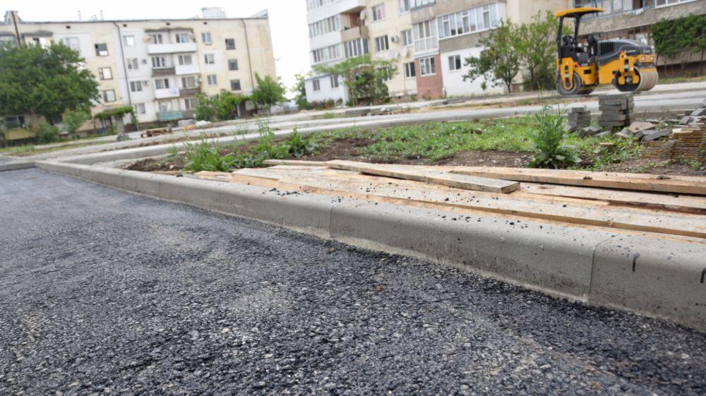 Роман Шантаев сделал ряд замечаний относительно ремонта придомовой территории в с.Петровка
