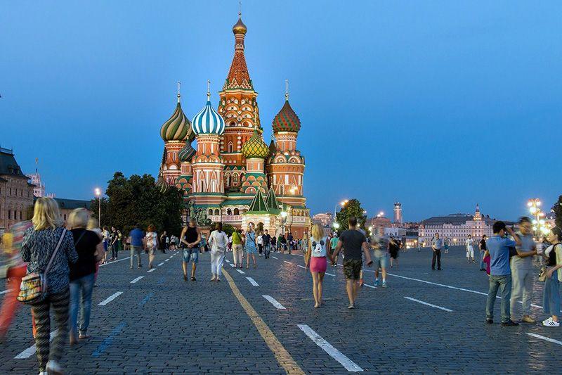 В Москве из-за коронавируса объявлены нерабочие дни и вводятся новые ограничительные меры