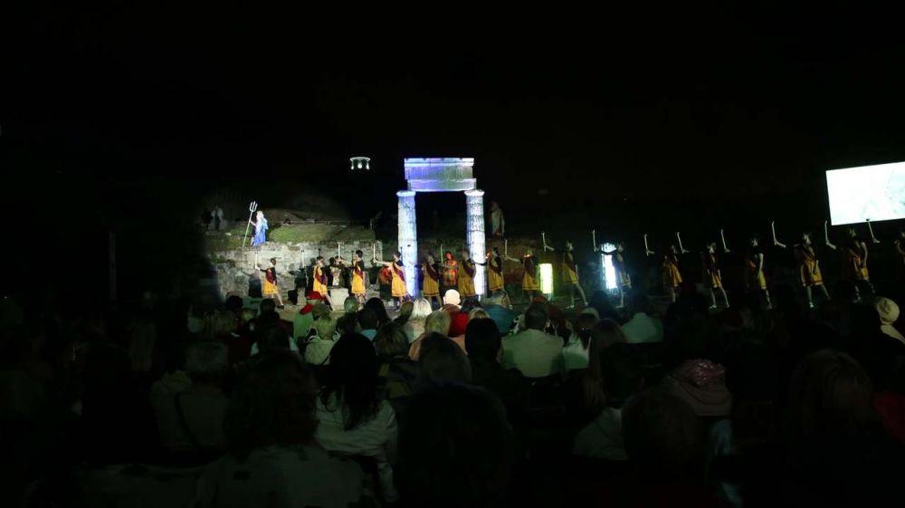 Татьяна Манежина приняла участие в церемонии открытия Фестиваля античного искусства «Боспорские агоны»