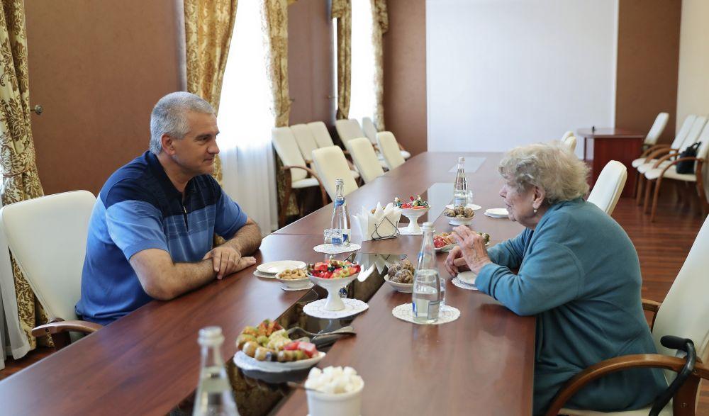 Сергей Аксёнов встретился с экс-советником президента США Сюзанной Масси