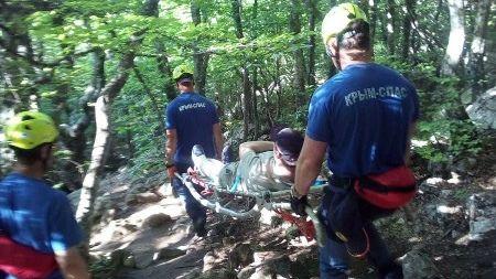 За выходные дни сотрудники ГКУ РК «КРЫМ-СПАС» дважды оказывали помощь туристам в горно-лесной зоне полуострова