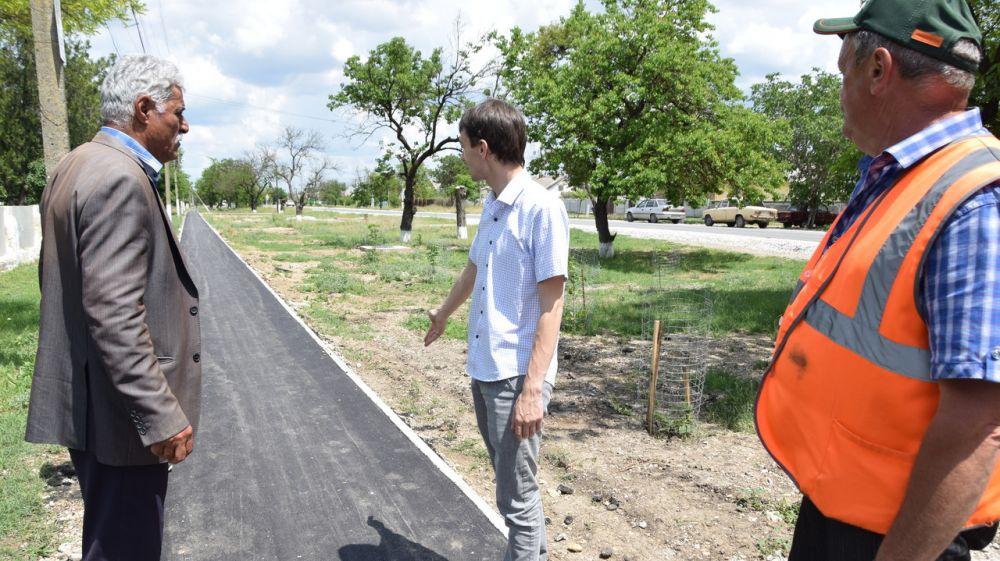 Более 3 км дорог и тротуар ремонтируют в с.Найденовка
