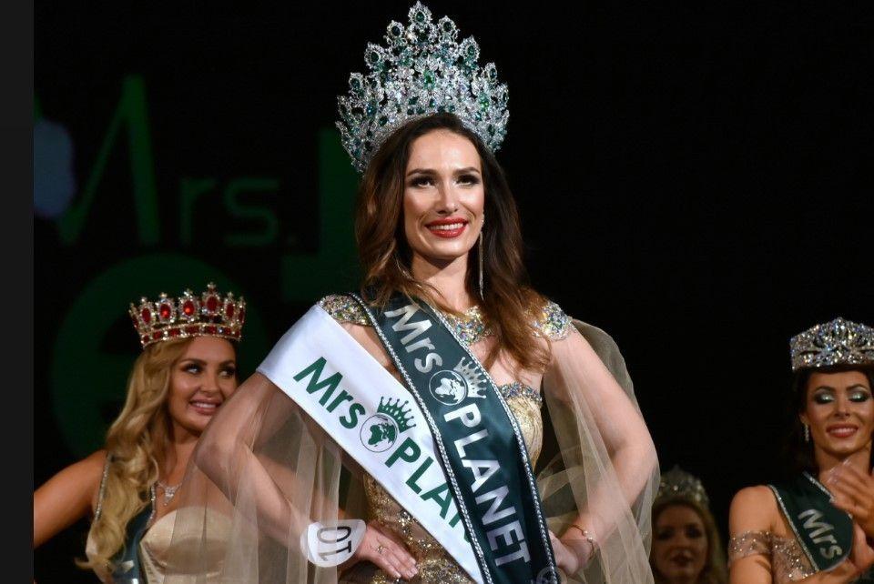 В Крыму впервые прошел международный конкурс красоты Mrs. Planet 2021