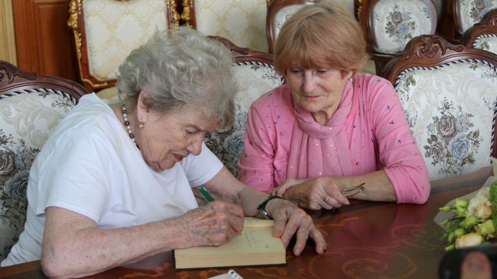 В Ливадийском дворце-музее состоялась творческая встреча с исследовательницей истории России, американской писательницей Сюзанной Масси