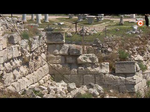 Специальный репортаж. Возле музея-заповедника «Херсонес Таврический» «высадился» десант археологов