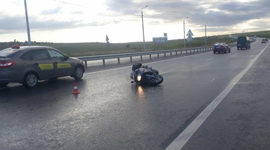 Мотоциклистка разбилась насмерть под Симферополем