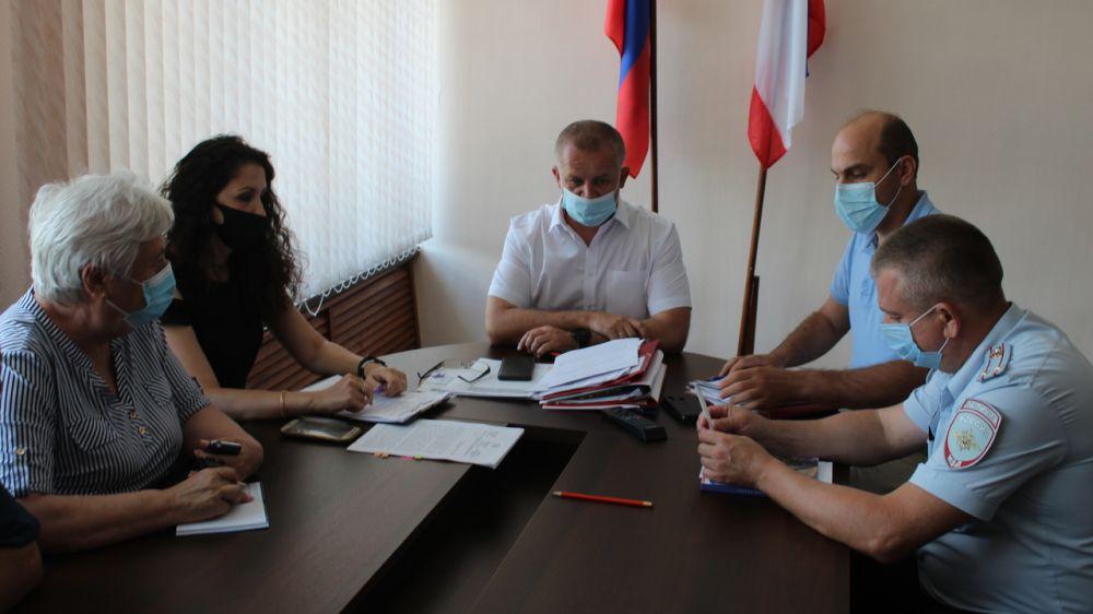 Игорь Заикин провел внеочередное заседание комиссии Администрации Ленинского района по предупреждению и ликвидации чрезвычайных ситуаций и обеспечению пожарной безопасности
