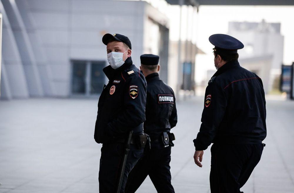 В Керчи увеличили количество патрулей, чтобы пресечь факты мародерства