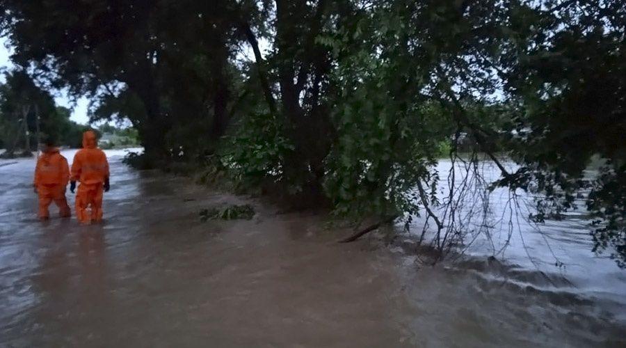 Ливнями во второй раз за год затопило село на востоке Крыма, люди эвакуированы
