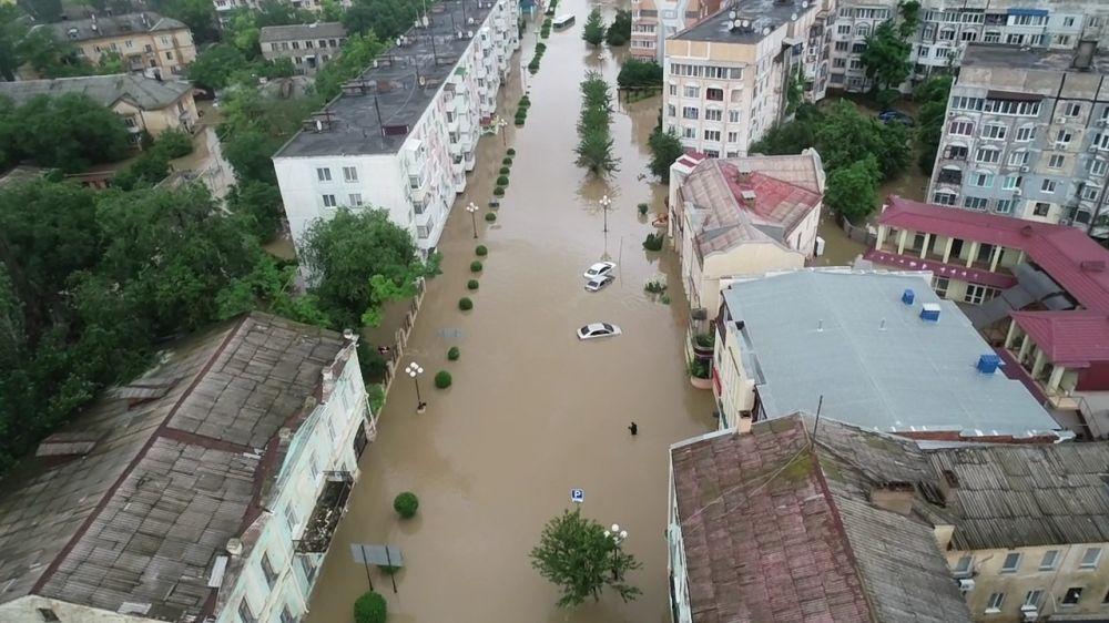 В настоящий момент вода из сел Приозерное и Новоотрадное Ленинского района ушла