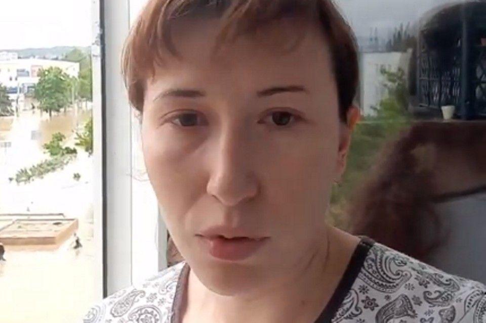 «Света нет, машины унесло»: туристы, попавшие в крымскую стихию, боятся пить воду и не знают, когда вернутся домой