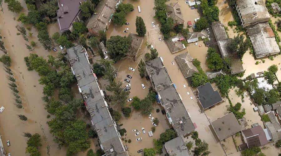Аксёнов попросит Путина помочь с компенсациями для пострадавших от потопа в Керчи
