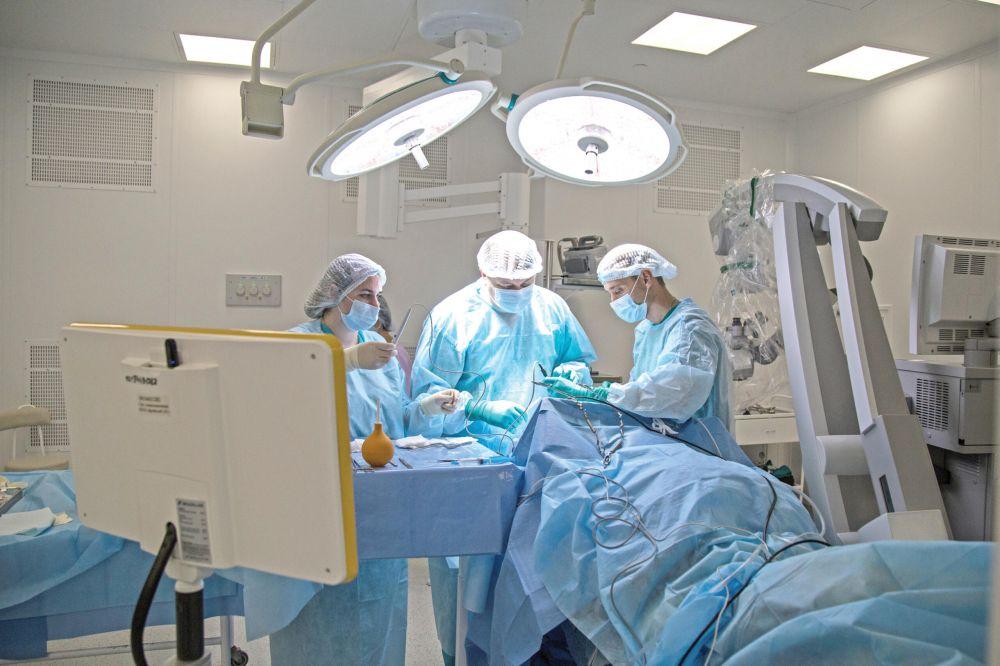 «Сейчас нагрузка больше, чем была месяц-два назад»: врач о работе в условиях COVID