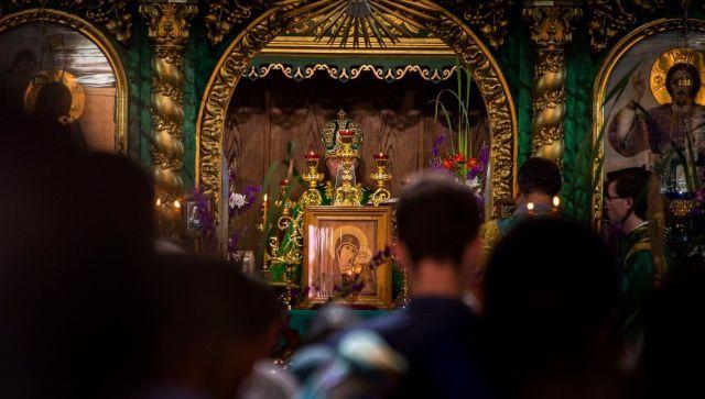 Священник объяснил значение праздника Святой Троицы