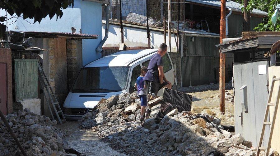 Путин поручил минобороны и МЧС помочь Крыму в ликвидации последствий наводнений