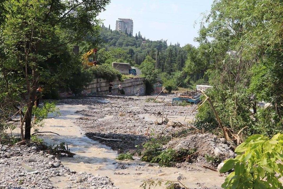 Мэр Ялты назвала причину большого ущерба после наводнения в городе