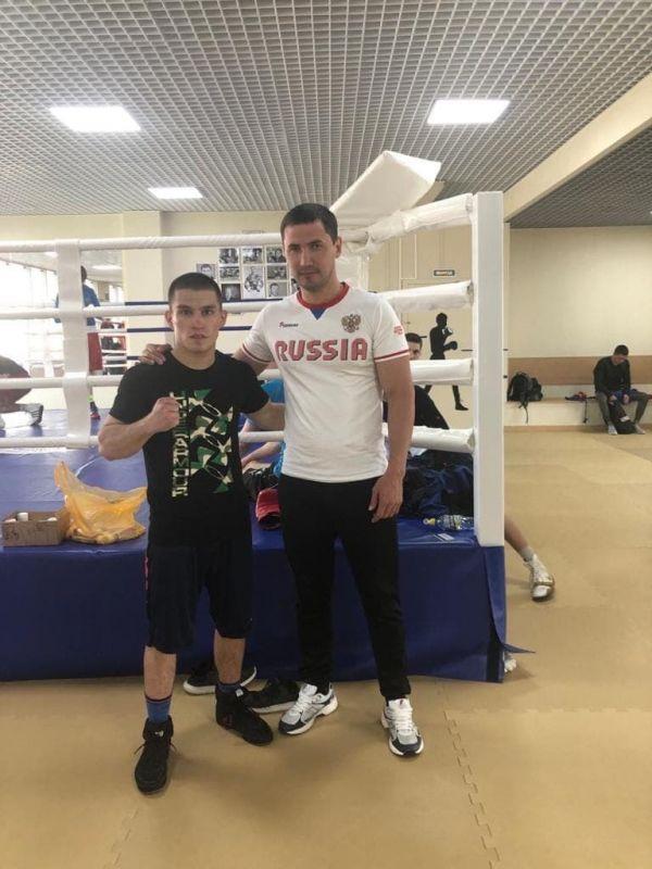 Крымский боксер вышел в финал первенства Европы