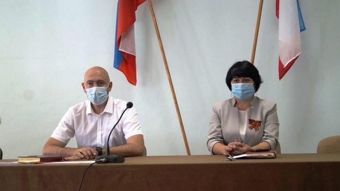 Владимир Трегуб провел аппаратное совещание по социально значимым вопросам района