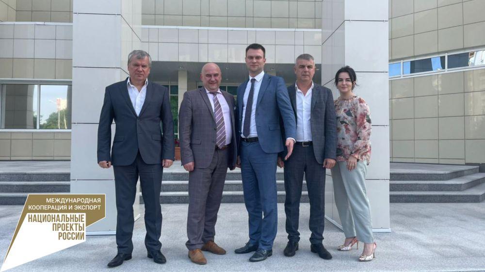 Дмитрий Шеряко провёл рабочую встречу с советником-посланником Посольства РФ в Республике Беларусь и Торговым представителем РФ в Республике Беларусь