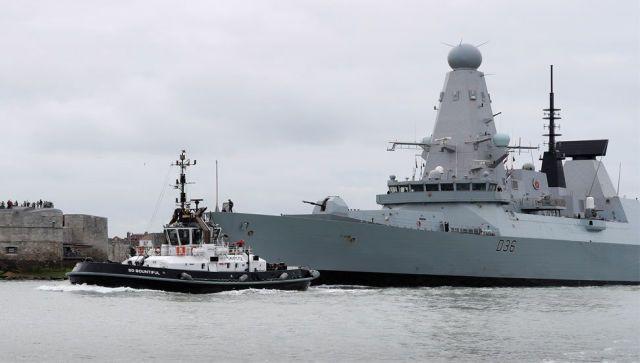 В Кремле оценили инцидент с британским эсминцем у берегов Крыма
