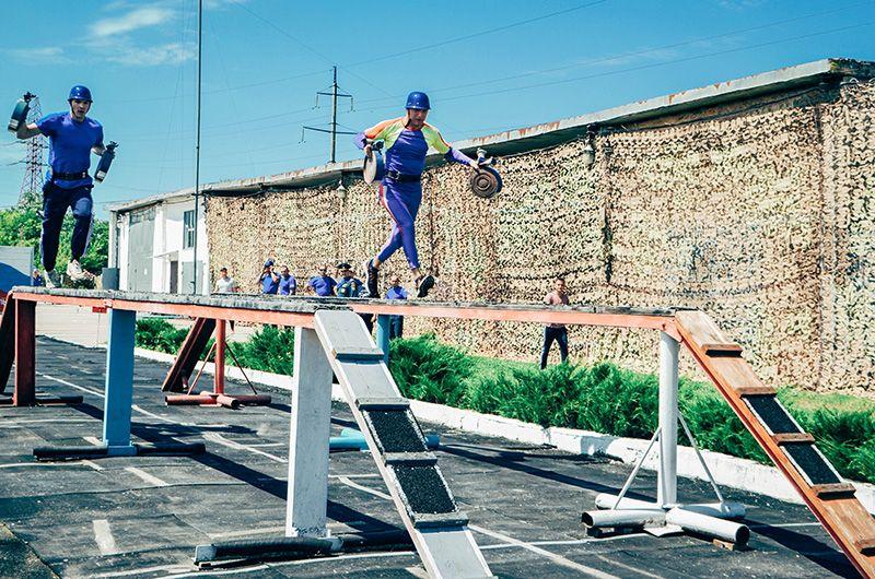 В севастопольском чрезвычайном ведомстве прошел чемпионат по пожарно-прикладному спорту