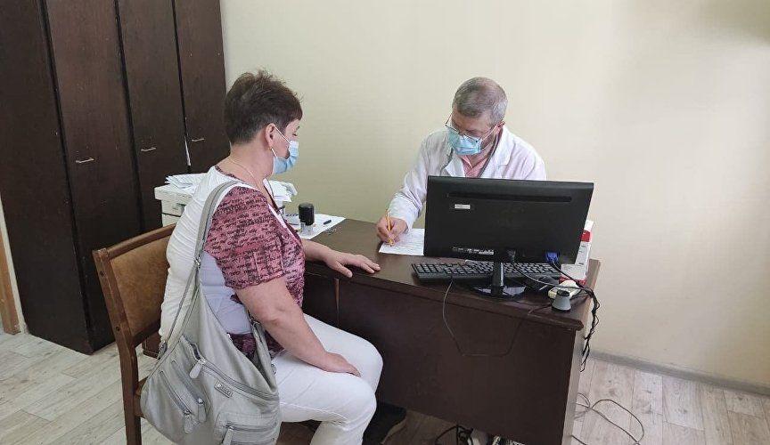 В Крыму около 10 тысяч работников туротрасли прошли вакцинацию