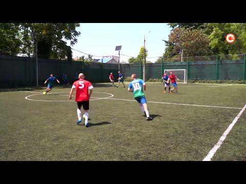 В Севастополе торжественно открыли первенство города по мини-футболу среди ветеранов (СЮЖЕТ)